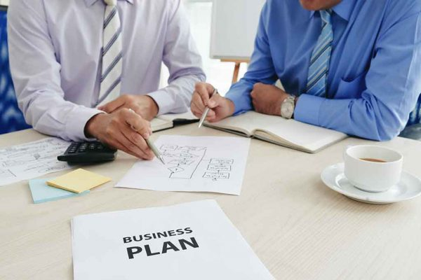 طرح-کسب-و-کار-نوید-سیفی-UPS